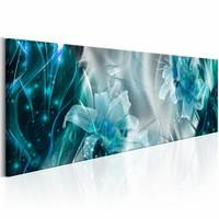 Schilderij - Saffieren vlammen 150X50 , lelie , wit blauw , 1 luik