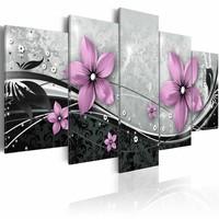 Schilderij - Paarse bloem van de nacht, Zwart-Wit/Paars, 2 Maten, 5luik