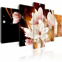 Schilderij - Illumination (Magnolia)