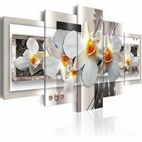 Canvas Schilderij - Onopvallend wit - Orchidee , oranje , 5 luik , 2 maten
