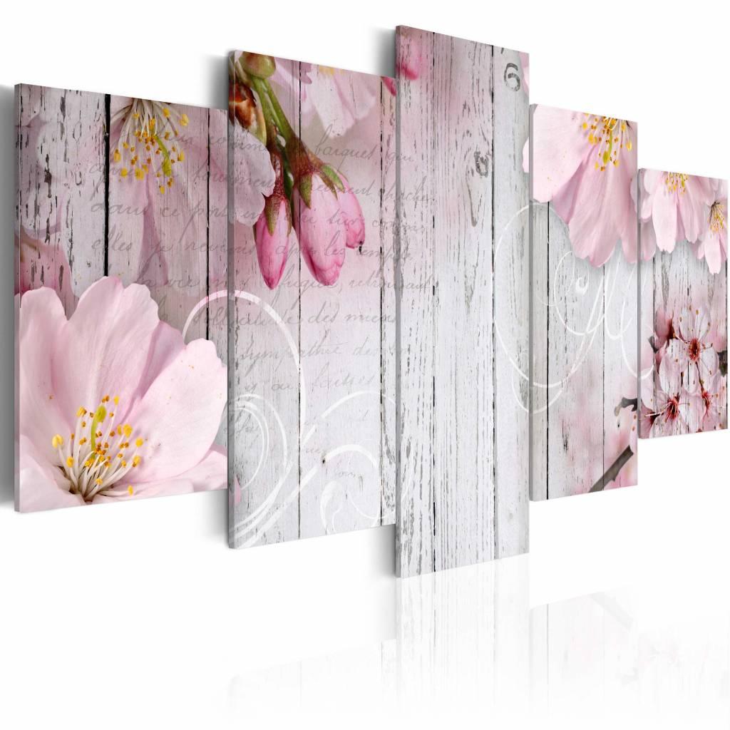 Schilderij - Bloemen op planken , wit roze , hout look , 5 luik