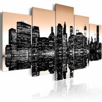 Schilderij - New York City - Zinkende Stad, Beige/Zwart, 5luik