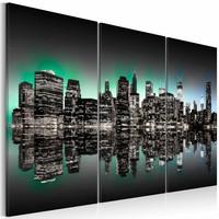 Schilderij - New York City - Inspirerende Lichten, Zwart-Wit/Groen, 3luik