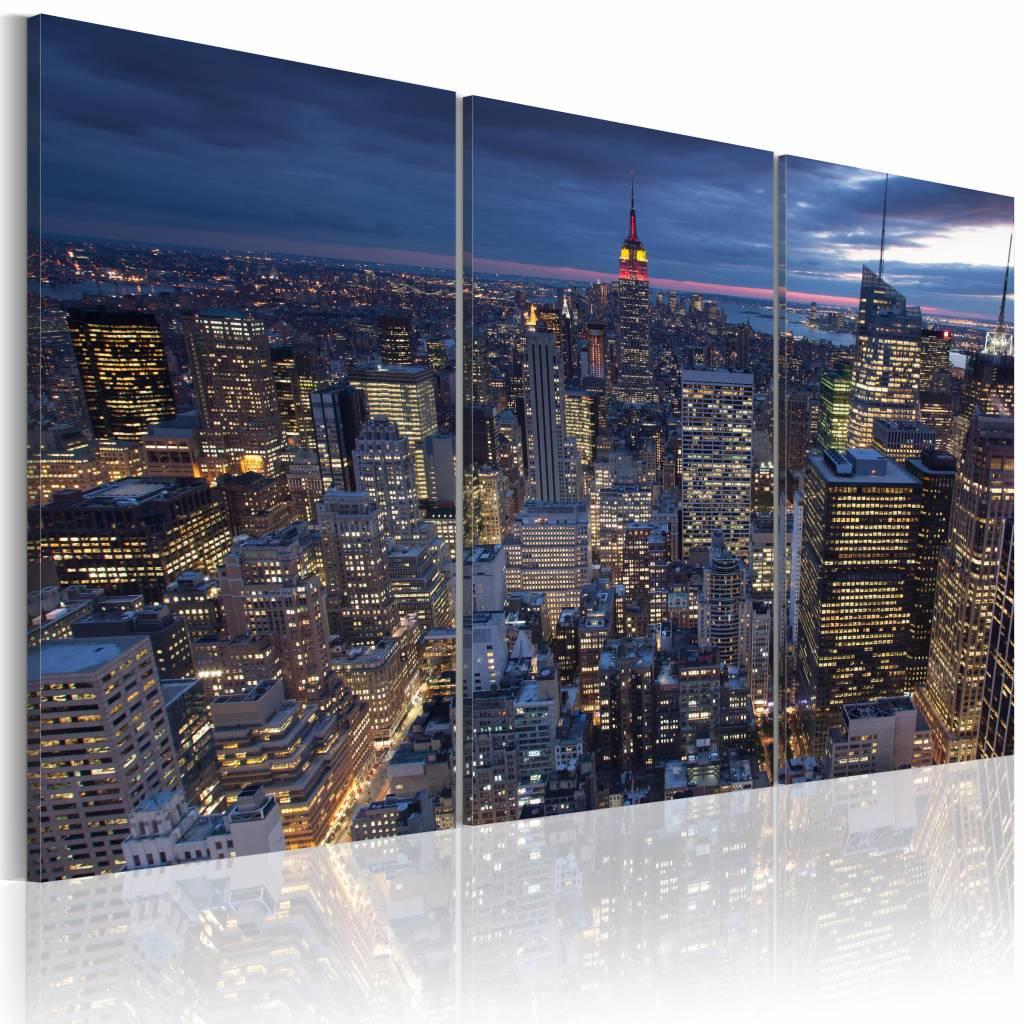 Schilderij - New York City - Bovenaanzicht in het Donker, Blauw, 3luik, premium print