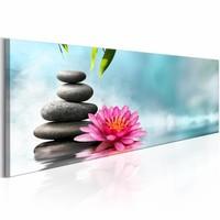 Schilderij - Water Lily and Zen Stones , stenen en bloem , 1 luik , 150x50