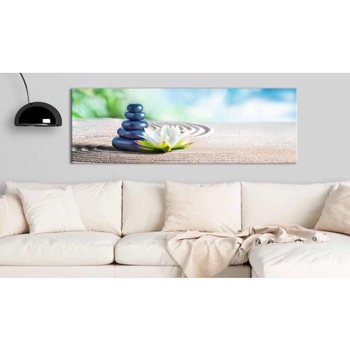 Schilderij - Calm Place , stenen en bloem