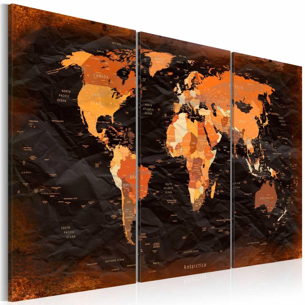 Schilderij - Wereldkaart - Gedetailleerd , 3luik , oranje bruin ,wanddecoratie , premium print op ca