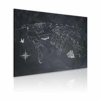 Schilderij - Wereldkaart - Reis rond de Wereld, Krijtbord Look, Zwart-Wit , wanddecoratie , premium print op canvas