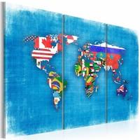 Schilderij - Wereldkaart - Vlaggen van de Wereld, Blauw, 3luik , premium print op canvas