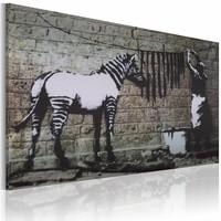 Schilderij - Banksy - Zebra Wassen, 40x60cm , zwart wit , wanddecoratie , premium print op canvas