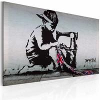 Schilderij - Banksy - Union Jack Kid, Zwart/Wit, 40x60cm ,wanddecoratie , premium print op canvas