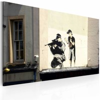Schilderij - Sluipschutter en jongetje (Banksy) 40x60cm, 1 deel