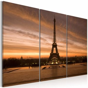 Schilderij - Eiffeltoren bij zonsondergang, Parijs , oranje , 3 luik , 2 maten