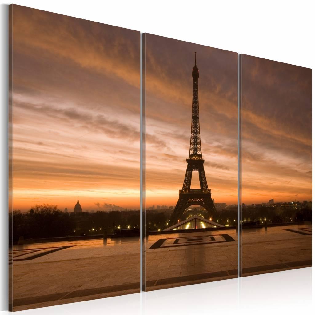 Schilderij - Eiffeltoren bij zonsondergang, Parijs , oranje , 3 luik