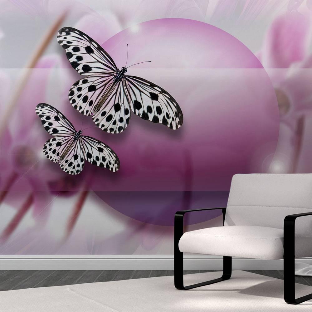 Fotobehang - Vlinders op paarse achtergrond , zwart wit