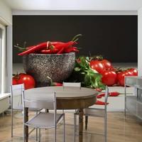 Fotobehang - Rode tomaten en pepers in vijzel , zwart grijs
