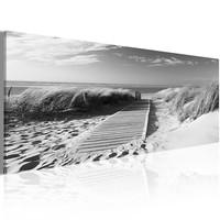 Schilderij - Uitzicht op Noordzee in zwart en wit 135x45cm