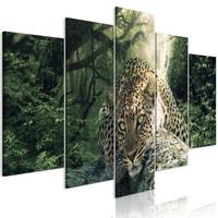 Schilderij - Rustend Luipaard in het bos III, 5 luik , groen
