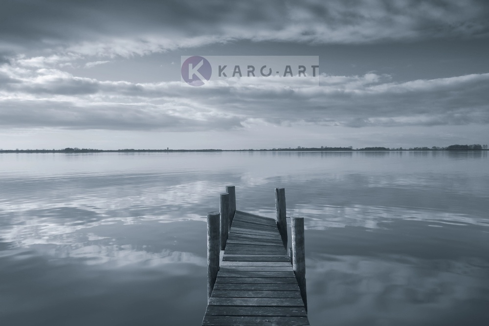 Afbeelding op acrylglas - Reflectie in de ochtend, steiger