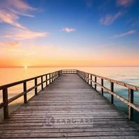 Karo-art Schilderij - Pier bij zonsondergang , Multikleur , 3 maten , Premium print