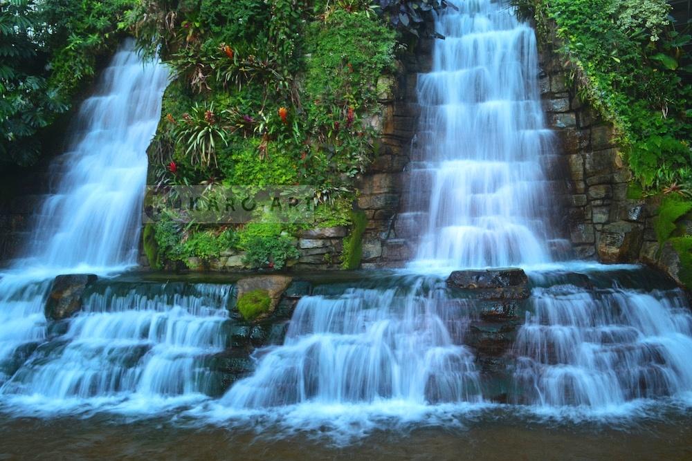Afbeelding op acrylglas - Waterval