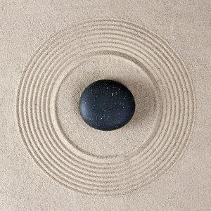 Karo-art Schilderij - Zen steen in het zand, inspiratie