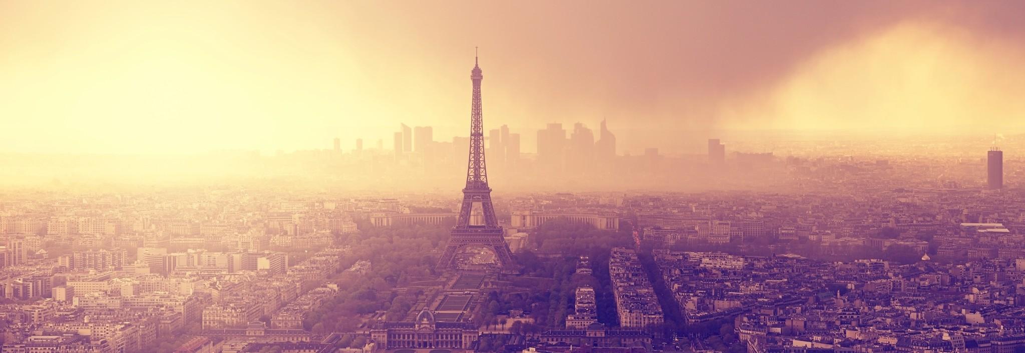 Schilderij - Zonsondergang boven Parijs, Frankrijk, 2 maten (wanddecoratie)