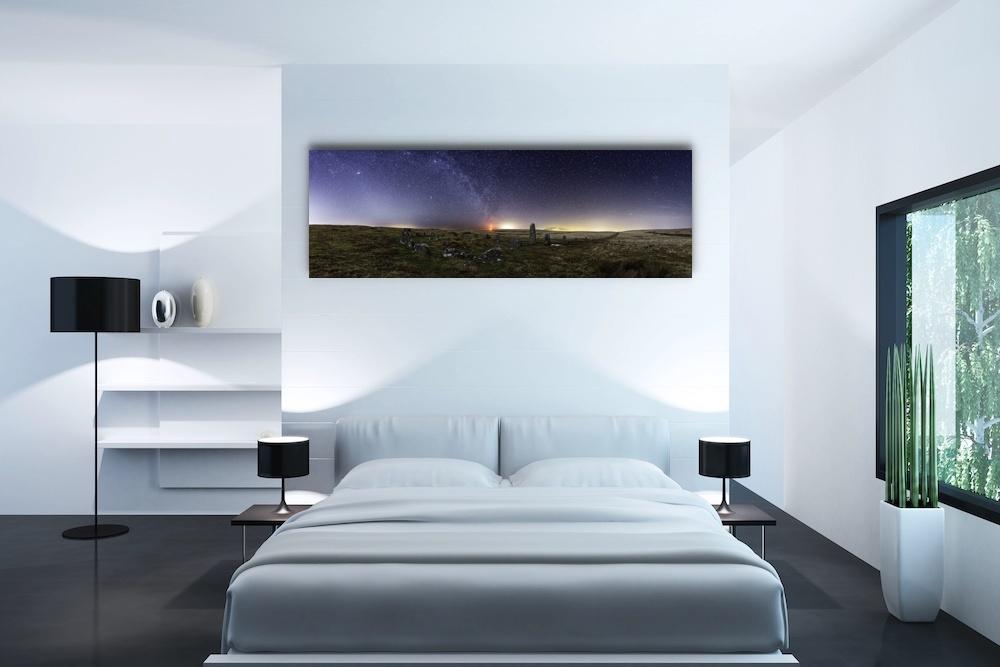 Schilderij -Dartmoor (Engeland) onder de sterren, Premium print