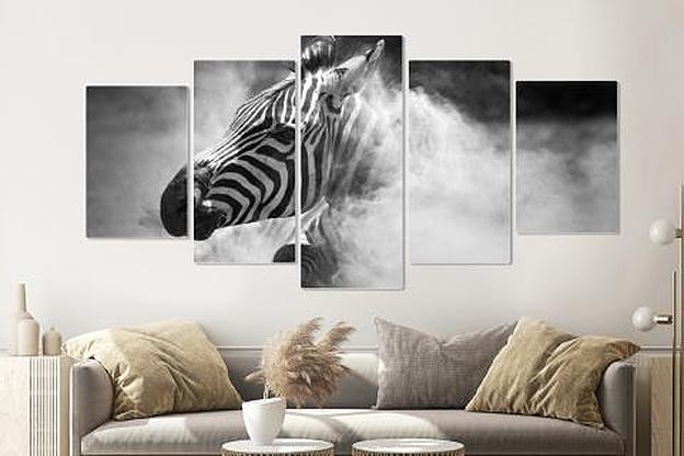 Schilderij -Zebra in het stof, 5 luik, 200x100cm, premium print