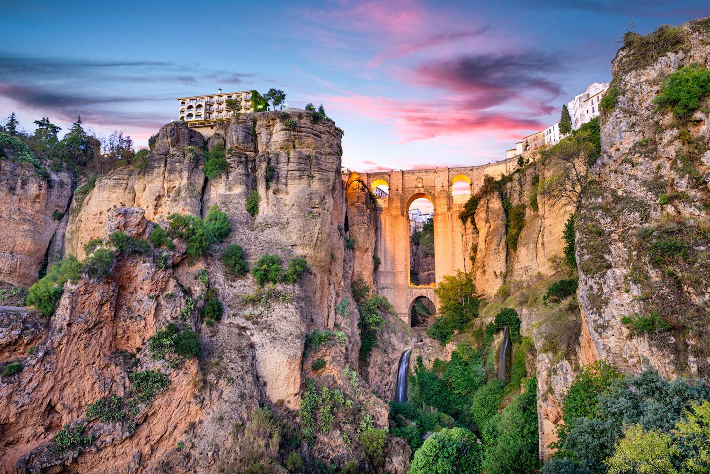 Schilderij -Ronda, Spanje, Puente Nuevo-brug kopie, 2 maten, wanddecoratie , premium print