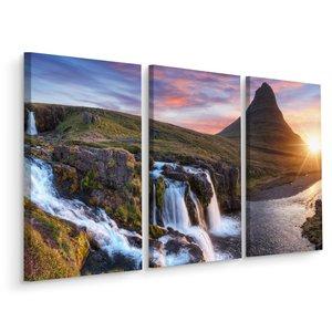 Schilderij - Kirkjufell, Kerkberg, berg in IJsland, 3 luik, premium print