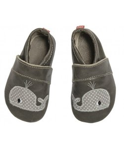 babyslofje walvis grijs