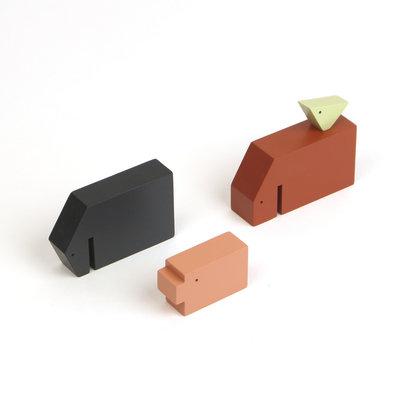 Ikonic Set van 4 houten boerderijdieren. Minimalistisch design van ontwerper Floris Hovers.