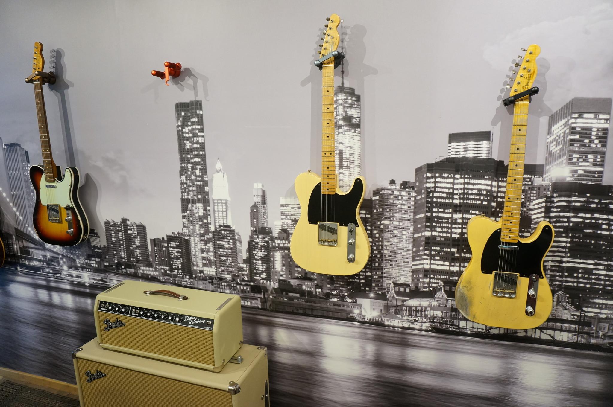 Aluminum Guitar Hanger Gunmetal
