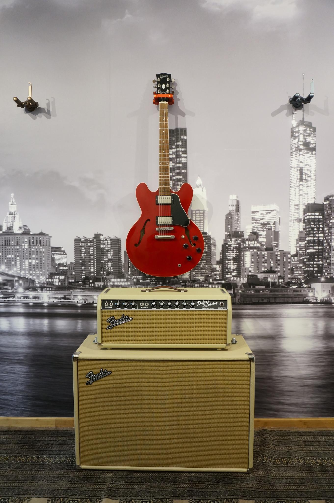 Aluminum Guitar Hanger Red