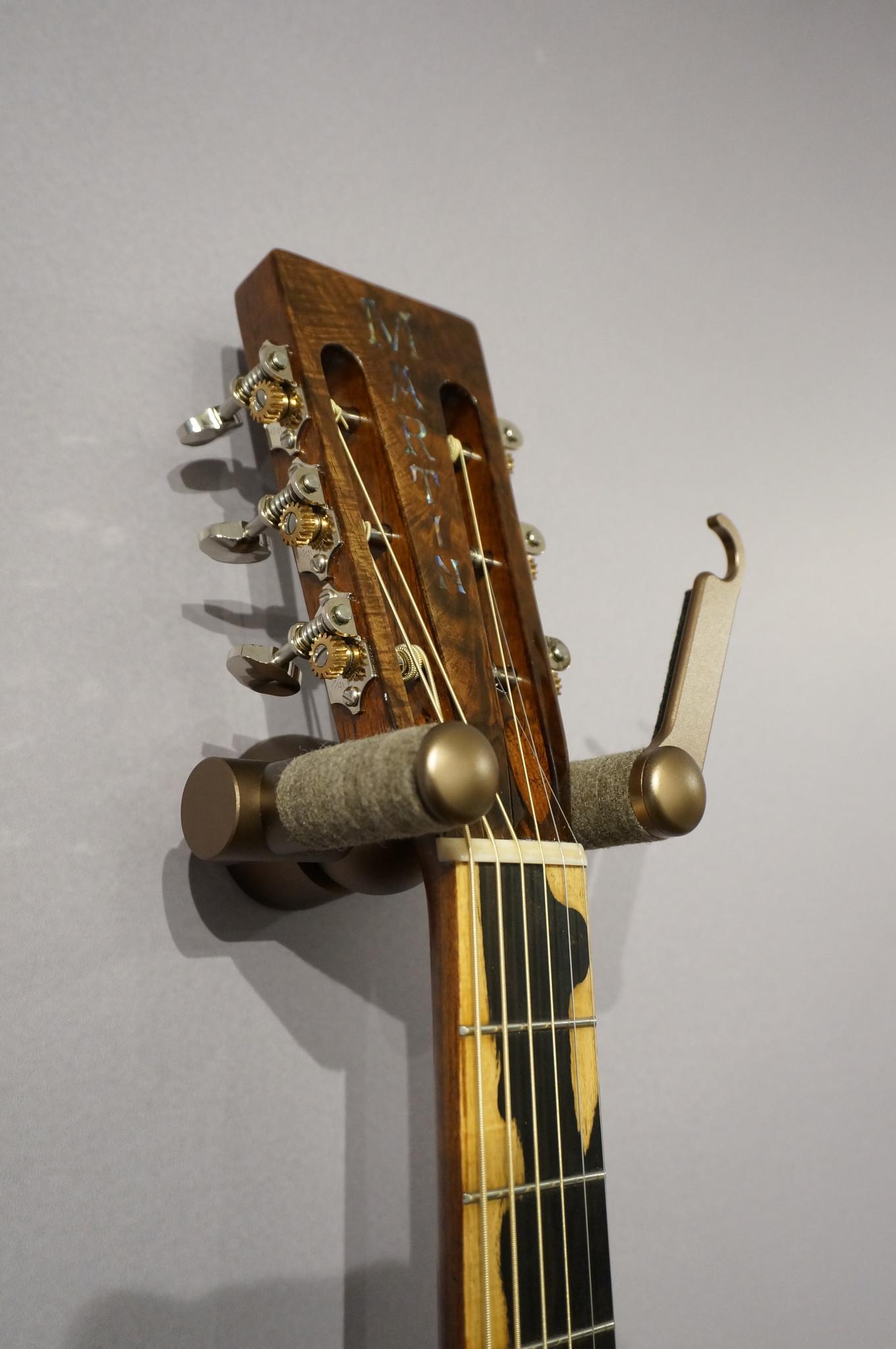 Aluminum Guitar Hanger Bronze