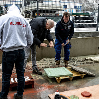 Training Exposed aggregate concrete and stamped concrete - POSTPONED