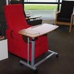 Bijzettafel - stoel - bed