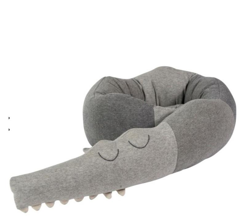 Sleepy Croc, Knitted cushion grey
