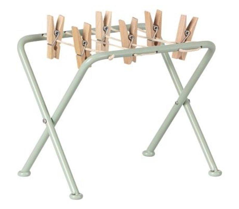 Drying rack w. pegs