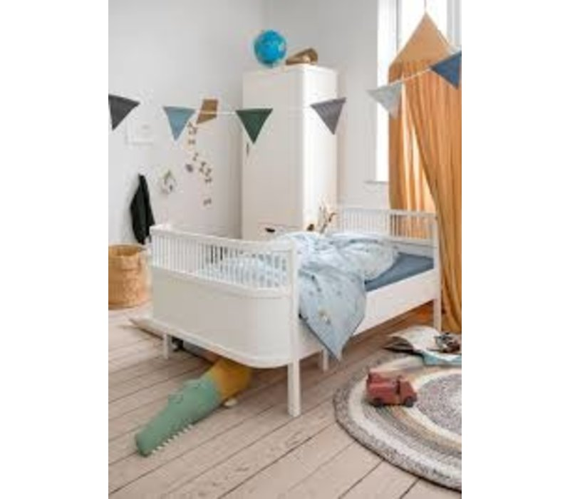 The Sebra Bed, Junior & Grow, classic white