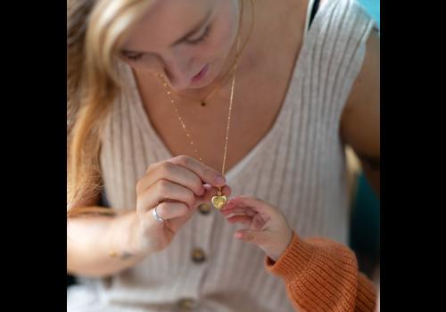 Lennebelle  Medaillon Ketting Kids 'Motherlove' Goldplated 60 cm