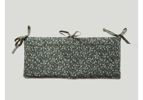 Garbo & Friends Floral Moss Bed Pocket