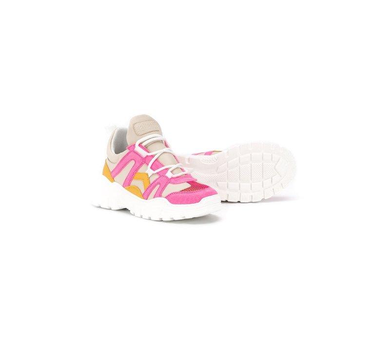 Veter sneakers met neon roze details, ook voor de mama's