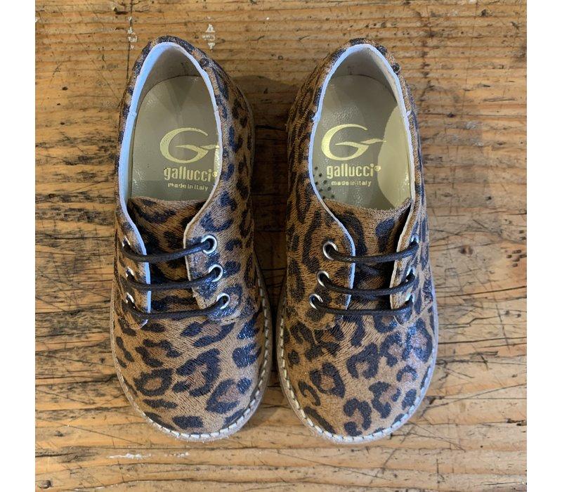 Lage veterschoenen met leopard print