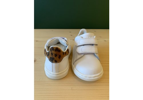 Gallucci Witte sneakers met klittenband met leopard detail
