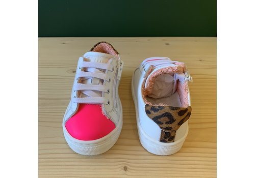 Gallucci Gallucci White sneakers with neon pink and leopard detail