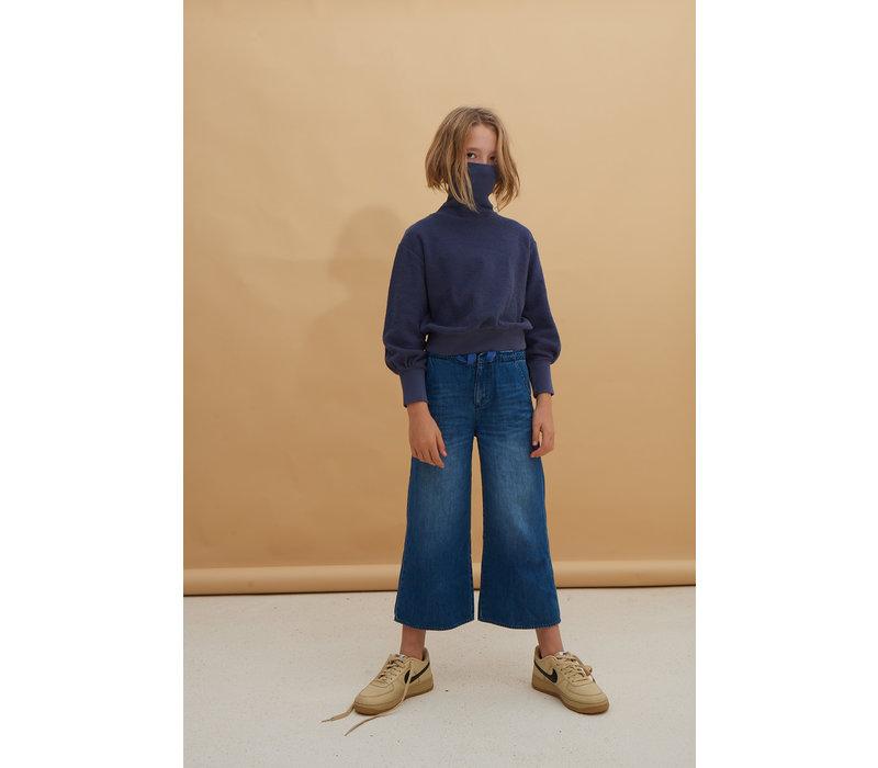 denim trousers , blue denim