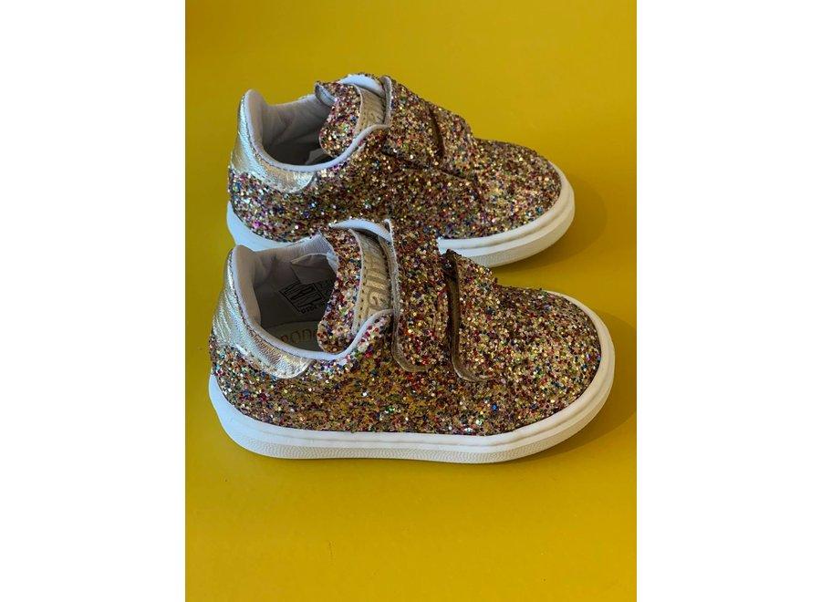 All over glitter sneakers met klittenband goud detail