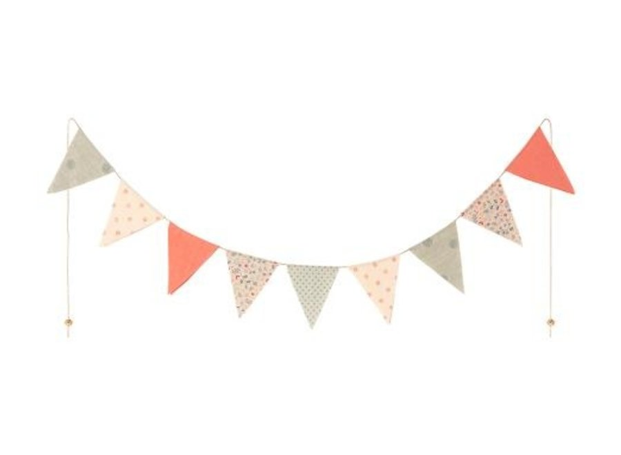 Garland, 9 Flags- Multi color